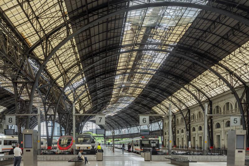 Estación de Francia: Una estación monumental.