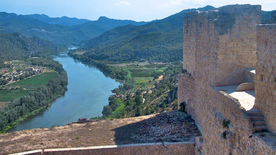 Planning a production with medieval airs in Catalonia