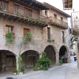Santa_Pau1