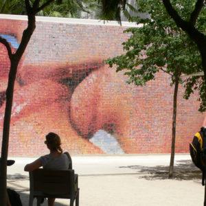 mural_del_beso1