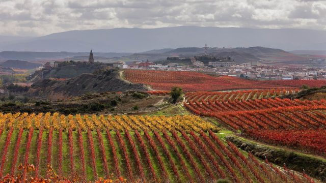 Towns, villages and valleys in La Rioja as location for your productions