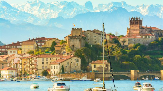 Sea, mountains and medieval villages in Cantabria